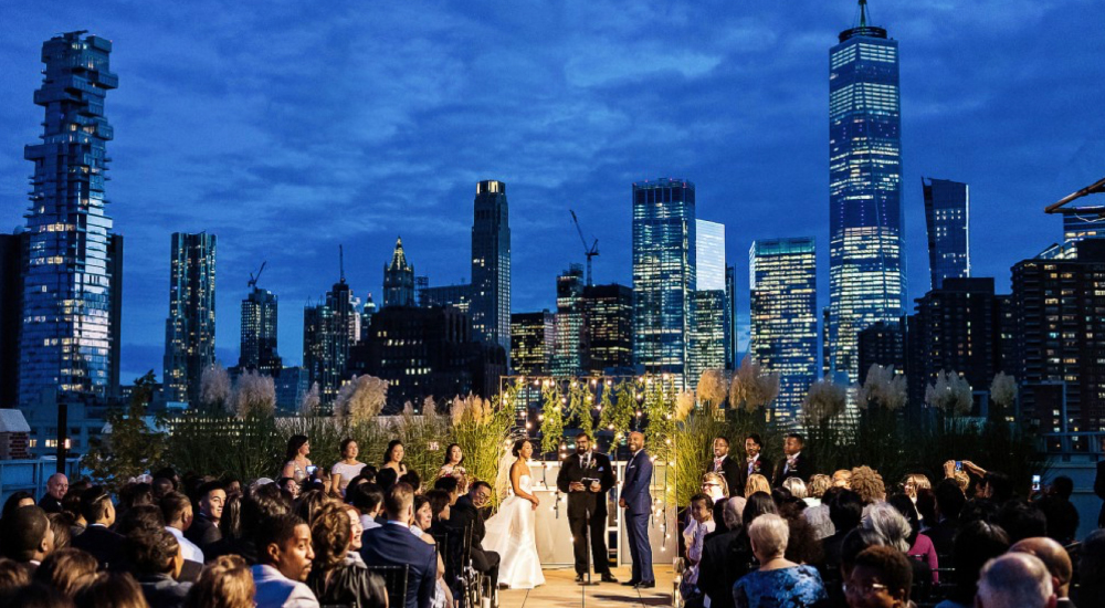 4 TIPS FOR PLANNING AN UNFORGETTABLE WEDDING